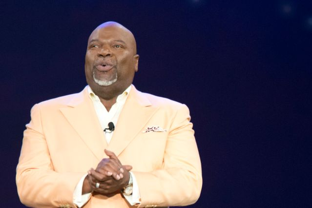 Bishop T D  Jakes To Bring Multi-Day Conference To Atlanta