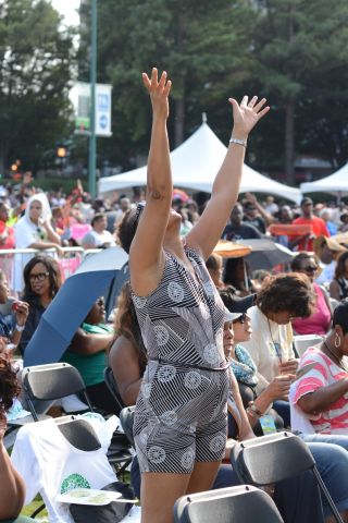 Judge Glenda Hatchett Praise in the Park 2015