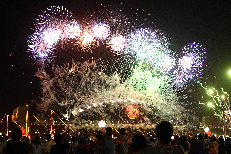 Sydney Celebrates New Year's Eve