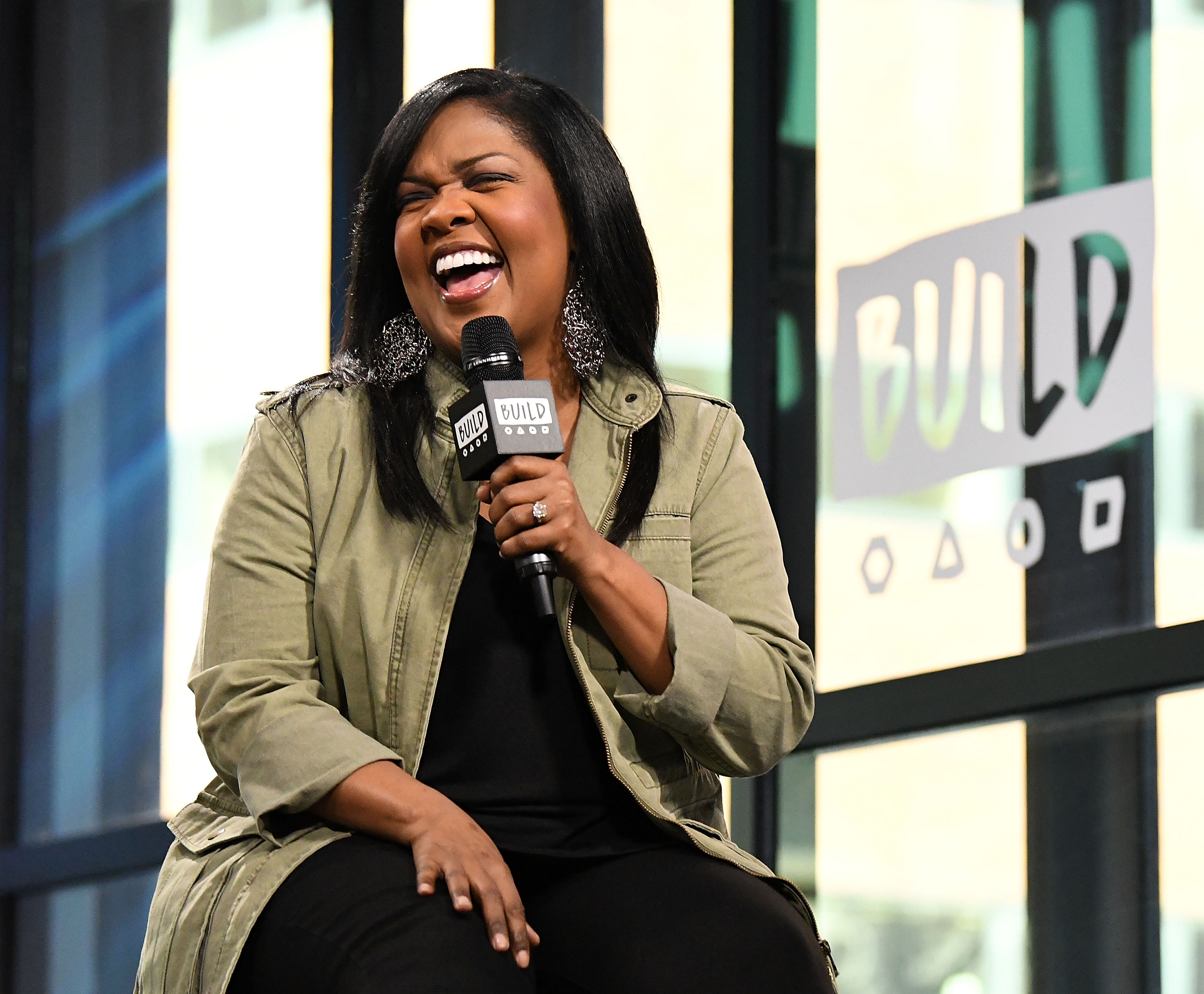 Build Series Presents CeCe Winans Discussing 'Let Them Fall in Love'