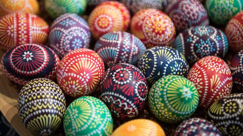 Sorbian Minority Holds Annual Easter Egg Market