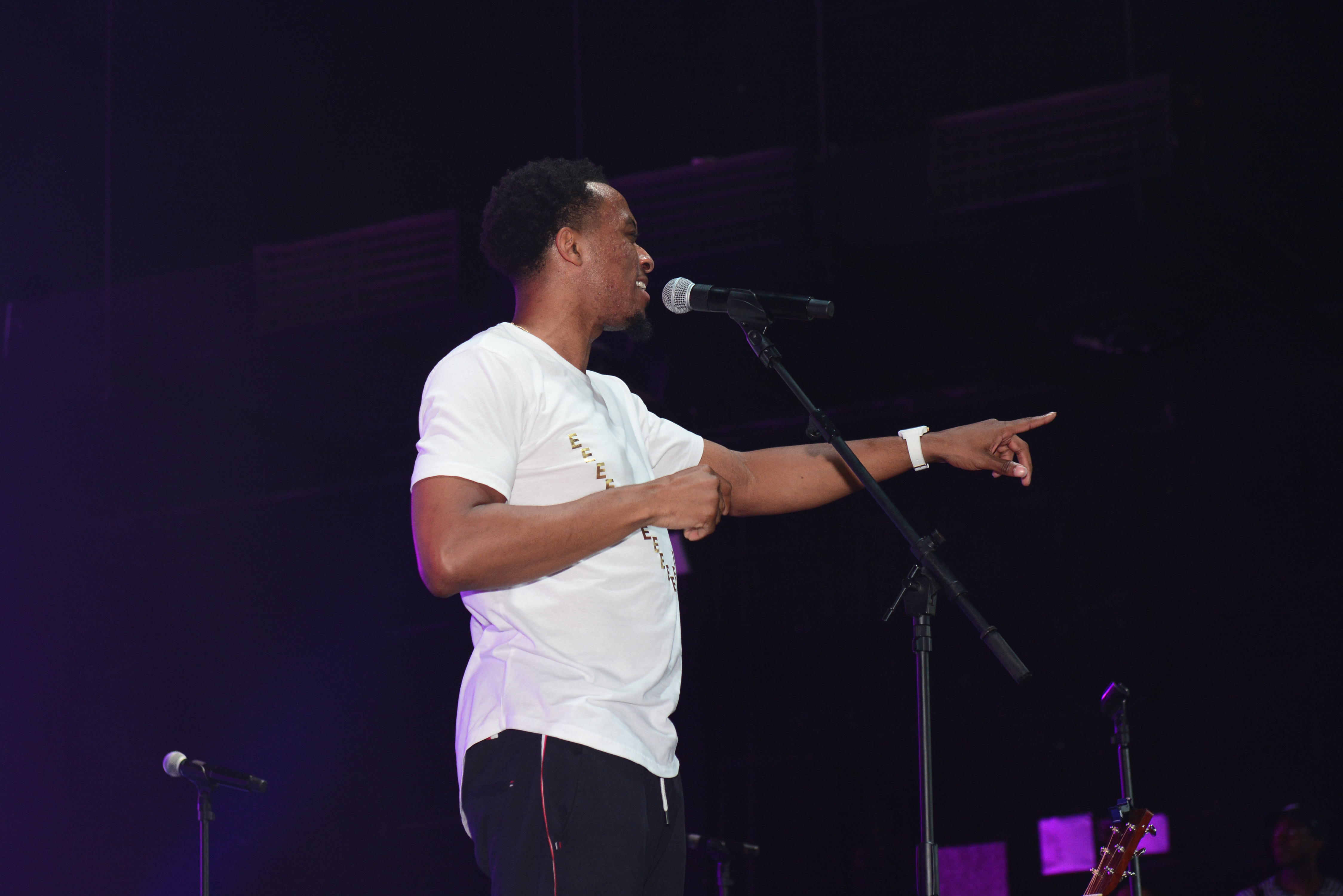 Jonathan McReynolds Praise In The Park